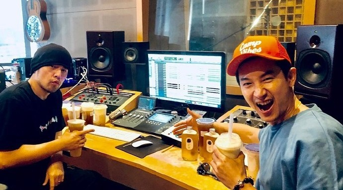 安排了! 周杰伦录制新专辑:最爱珍珠奶茶来探班